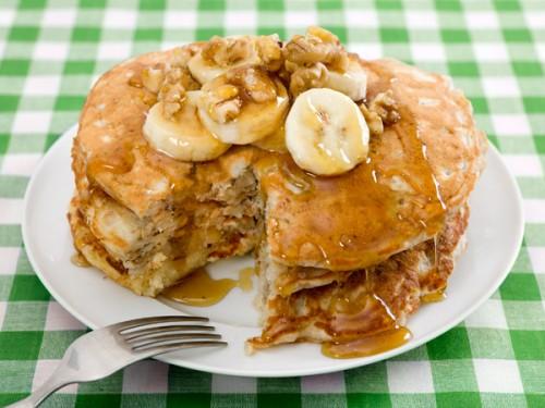 Pancake alla banana e noci